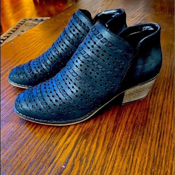 Woman's Fergie brand ankle booties